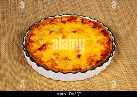La mozzarella fumé et tomates séchées au soleil de la tarte.