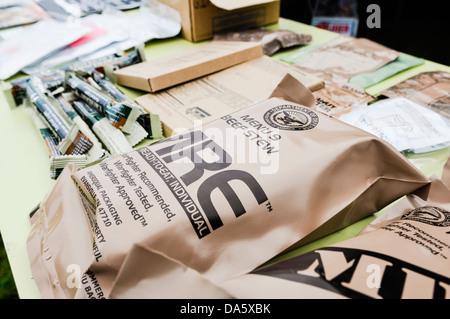 US Army soldat américain les rations MRE (repas, prêt à manger) - ragoût de boeuf Banque D'Images
