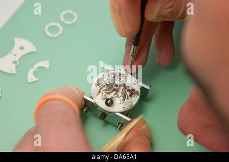 Fabrication, Jura, travail, emploi, occupation, profession, professions, métiers, canton, JU, Jura, horloger horloges, Banque D'Images