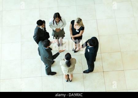 Vue aérienne de personnes ayant une réunion d'affaires Banque D'Images