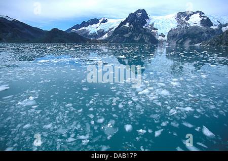 Le nord-ouest de Fjord, Kenai Fjords National Park, Alaska, USA,, verglacées, eau, montagnes, glaciers, de réflexion, Banque D'Images
