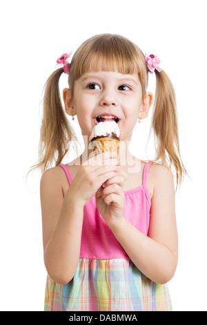 Little girl eating ice cream en studio isolated Banque D'Images