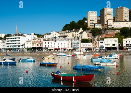 Bateaux dans le port de Torquay, Torbay, dans le Devon, Royaume-Uni. Banque D'Images