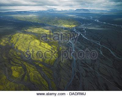 Vue aérienne de la rivière glaciaire près de Myrdalsjokull, Islande Banque D'Images