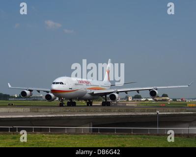 PZ-TCP Surinam Airways Airbus A340-311 - cn 0491 Banque D'Images