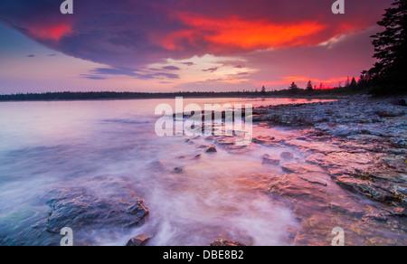 Coucher de soleil spectaculaire à Mount Desert Island, l'Acadia National Park, Maine Banque D'Images