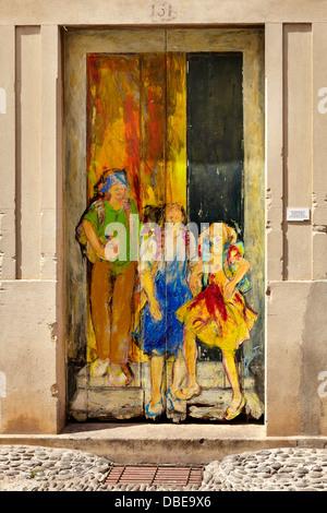 La vieille ville de Funchal (Zona Velha), mur peint par l'artiste locale, l'île de Madère, Portugal Banque D'Images