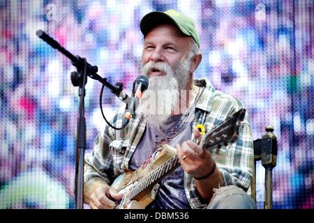 Seasick Steve performing live au Festival 2013 appelant Kendal sur la scène principale Banque D'Images
