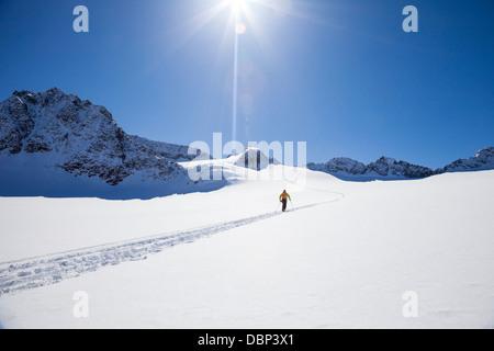 Marche sur glacier, ski Stubai, Tyrol, Autriche Banque D'Images