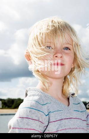 Portrait de jeune fille blonde (4-5) Banque D'Images