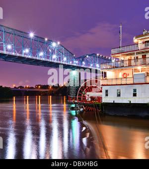 Showboat sur la rivière Tennessee à Chattanooga, Tennessee. Banque D'Images