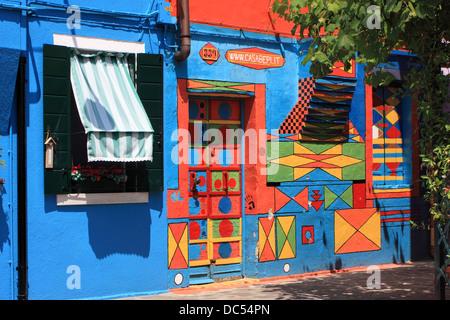La Casa di Bepi Suà (la maison de Joseph la transpiration) - le plus célèbre et maisons colorées de l'île de Burano, Banque D'Images