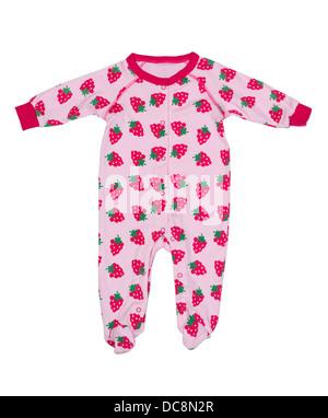 Des vêtements pour nouveau-nés avec motif fraises. Isoler sur blanc. Banque D'Images