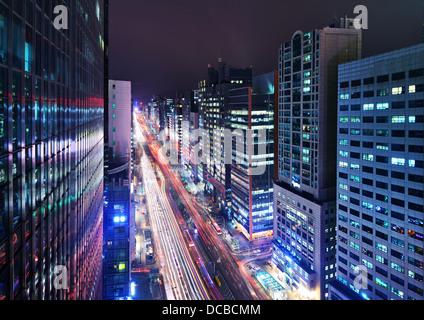 Quartier de Gangnam, Seoul, Corée du Sud cityscape at night. Banque D'Images