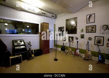 Microphone à l'intérieur d'origine et Sun Studios de Memphis Tennessee USA. Situé à l'endroit où Elvis premier sang Banque D'Images