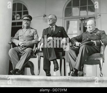 Joseph Staline, Franklin Roosevelt et Winston Churchill à la WW2 Conférence de Téhéran. C'était la première réunion Banque D'Images