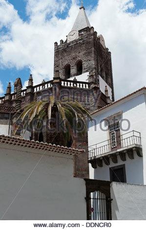 Extérieur de la cathédrale Sé, Funchal, Madeira, Portugal Banque D'Images