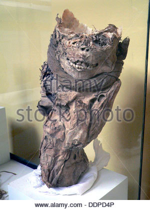 Chachapaya enfant maman, Pérou, c1200 AD. Artiste: Martin Wright Banque D'Images