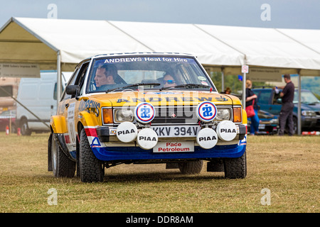 1981 Talbot Sunbeam Lotus sur la forêt à l'étape de rallye Goodwood Festival of Speed, Sussex, UK. Pilote: John Banque D'Images