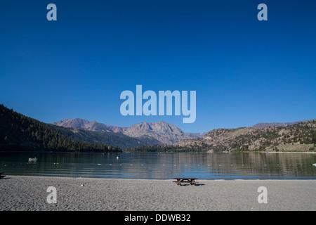 Lac Juin Californie le calme d'un matin en août 2013