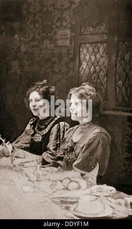 Sylvain Pankhurst et Annie Kenney, en 1909, les suffragettes. Artiste: GK Jones Banque D'Images