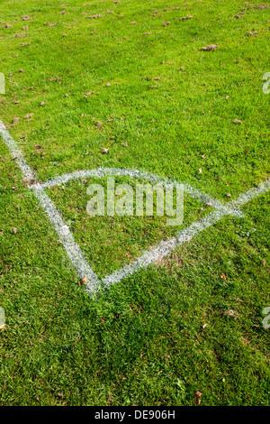 Close-up de l'angle des marques sur un terrain de football.