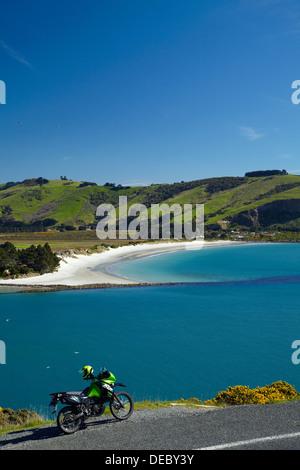 Moto d'aventure, de l'entrée du port d'Otago, et Aramoana, Dunedin, Otago, île du Sud, Nouvelle-Zélande