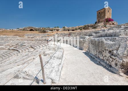 Le théâtre grec de Syracuse, en Sicile. Ce théâtre remonte au 5ème siècle AVANT JÉSUS CHRIST. Banque D'Images