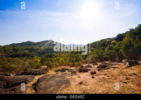 Rock formations sur une colline, Pune, Maharashtra, Inde Banque D'Images