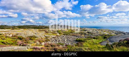 Paysage côtier naturel sur la côte ouest de la Suède Banque D'Images