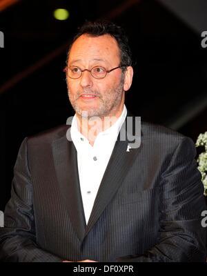 """Jean Reno à la Berlinale premiere de """"Pink Panther 2"""" le 13 février en 2009. Banque D'Images"""