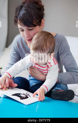 MÈRE & ENFANT Banque D'Images