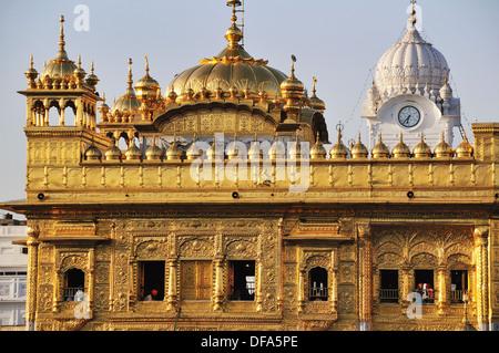 Golden Temple le plus sacré du temple sikh à Amritsar Banque D'Images