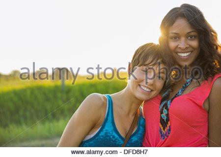 Portrait of young women outdoors Banque D'Images