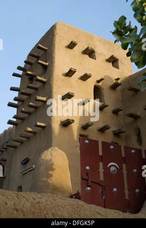 Grande Mosquée de Djenné. Djenné.La région de Mopti. Delta Intérieur du Niger. Le Mali. L'Afrique de l'Ouest. Banque D'Images