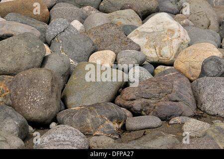 Les roches du littoral sculpté par l'action des marées sur la rive du détroit de Juan de Fuca SOOKE, BC Banque D'Images