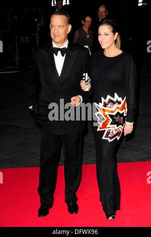 Tom Hanks assiste à la 57e BFI London Film Festival; Le Capitaine Phillips - Gala d'ouverture à l'Odeon Leicester Banque D'Images