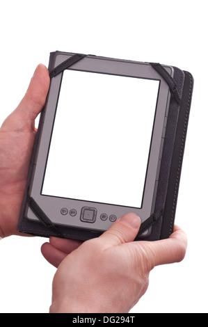 Deux mains d'un homme sont holding a blank ebook reader avec manchon Banque D'Images