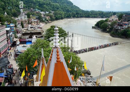 Vue du haut de Shri Trayanbakshwar Temple, Rishikesh, Inde Banque D'Images