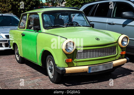 pologne varsovie voiture trabant 601s plaque pays ddr. Black Bedroom Furniture Sets. Home Design Ideas
