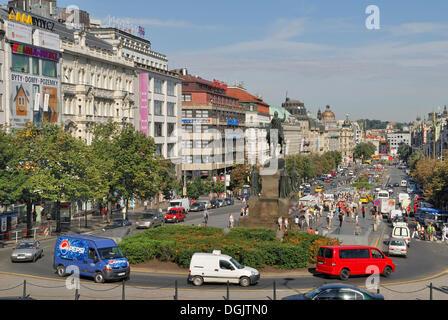 Vue sur la place Venceslas, à Prague, République Tchèque, Europe Banque D'Images