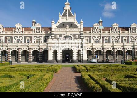 Gare ferroviaire historique construit dans un style néo-Renaissance, Dunedin, île du Sud, Nouvelle-Zélande Banque D'Images