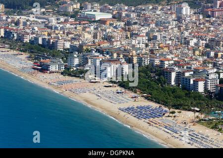 Plage de Cléopâtre, vue depuis le château d'Alanya, Kleopatra-Strand, Alanya, Turkish Riviera, Province d'Antalya, Banque D'Images