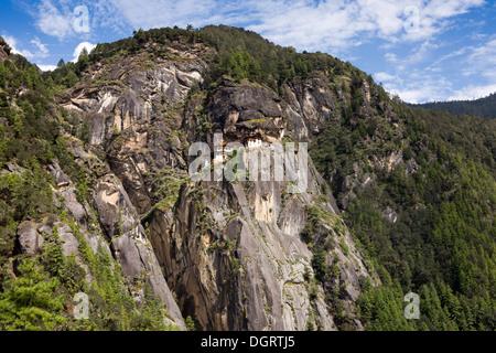 La vallée de Paro, Bhoutan, Taktsang Lhakang (Tiger's Nest) monastère accroché à la falaise