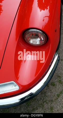 Détails de l'avant d'une Alfa Romeo Spider