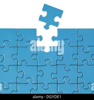 Concept trouver une solution pour un problème avec un puzzle Banque D'Images