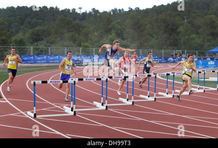 Les athlètes s'affrontent au cours de procès nationaux Junior à Majorque, Espagne Banque D'Images