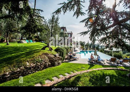 Le Lac de Garde à vue de Bellevue San Lorenzo près de Malcesine, Lago di Garda, province de Vérone, Italie du Nord, Banque D'Images