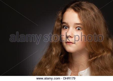 Chatte adolescent cheveux