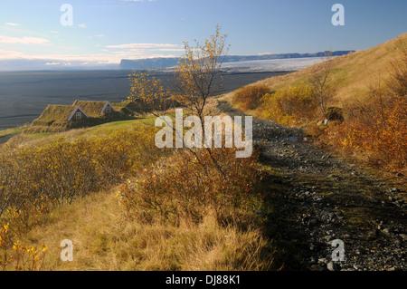 Sentier de randonnée pédestre jusqu'au village historique de sel à l'automne, à l'ouest sur les glaciers du parc Banque D'Images